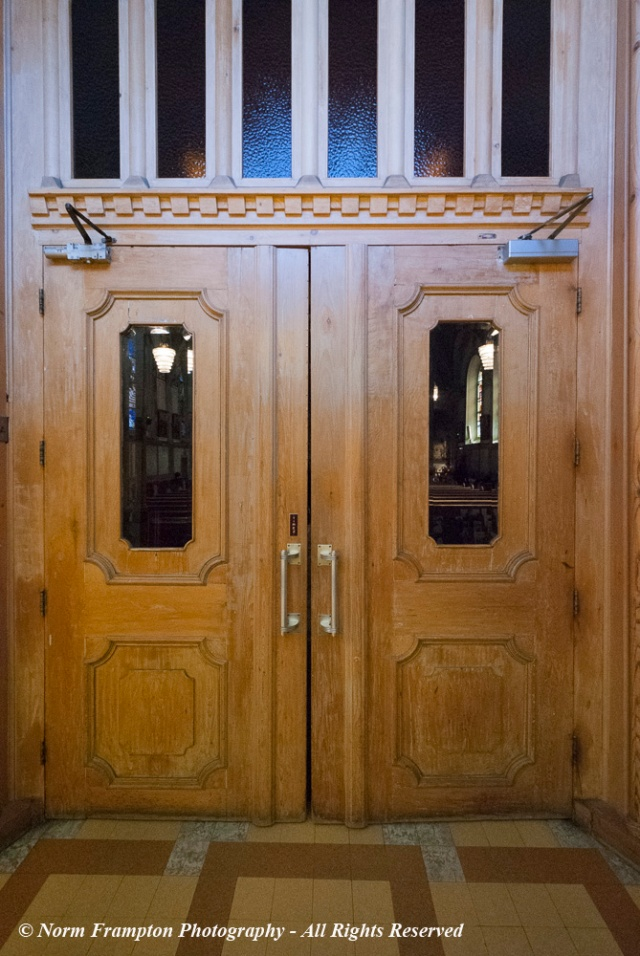 Inner doors leading into the chapel